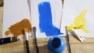 Tre penslar, tre färger