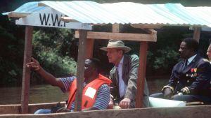 År 1999, som ordförande för WWF, besökte prins Philip Kamerun och Gabon. Syftet med resan var att lyfta fram avskogningens hot mot regnskogen.