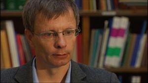 Forskningsprofessor Heikki Hiilamo, FPA