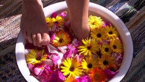 Ett skönt fotbad ger frid.