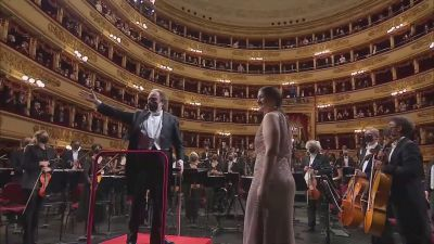 La Scala avattiin
