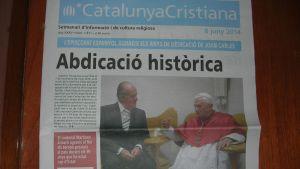 Catalunya Cristiana -lehden etusivu kertoo Juan Carlosin kruunusta luopumisesta.