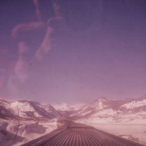 Kalliovuoret junan kattoikkunasta 1961.