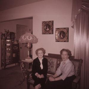Meri Louhos ja rouva Irene Staples Salt Lake Cityssa 1961.