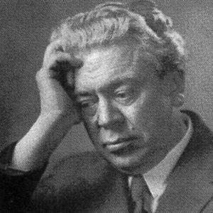 Iäkäs säveltäjä Ernest Pingoud.
