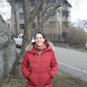 Karoliina Lindgren, manusförfattare, Armi elää!