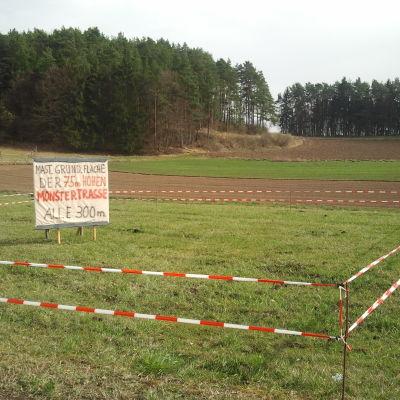 I tyska Penzig protesterar man mot den planerade högspänningslinjen.