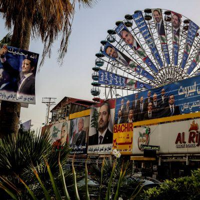 Vaalimainoksia Beirutissa Libanonissa