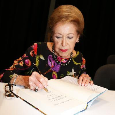 Mary Higgins Clark BookExpo America -tapahtumassa 2015.