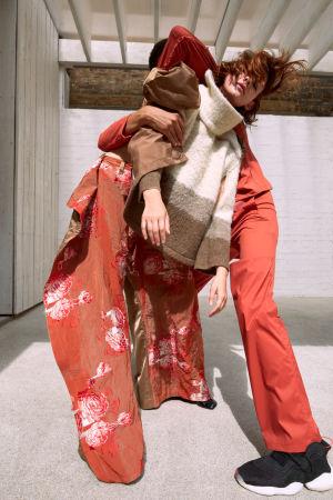 Brännström skapar kläder med ekologisk hållbarhet och återvinning som ledstjärnor.