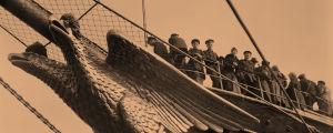 Venäjän laivaston Standard Helsingistä lähdössä 11.4.1918.