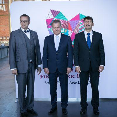 Estteeatnama dásseválddi presidenta Toomas Hendrik Ilves, Suoma dásseválddi presideanta Sauli Niinistö ja Uŋgára dásseválddi presideanta János Áder 15.6.2016.