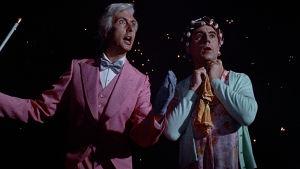 Eric Idle ja Terry Jones elokuvassa Monty Python – Elämän tarkoitus