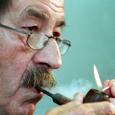 Den eviga piprökaren Günter Grass