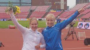 Venla Peltola och Elin Källberg, juniorkampen 2018.