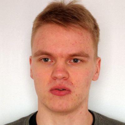 Poliisi pyytää havaintoja Kortepohjasta kadonneesta Jani Lehtisestä.
