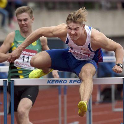 Elmo Lakka blev finländsk mästare på 110 meter häck.