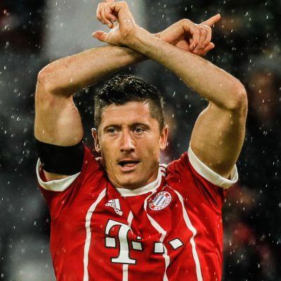 Robert Lewandowski vaatii pilkkua Bayernille