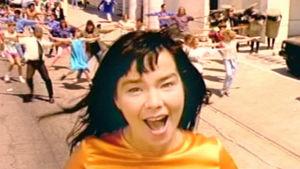 Björk musiikkivideossa It's Oh So Quiet