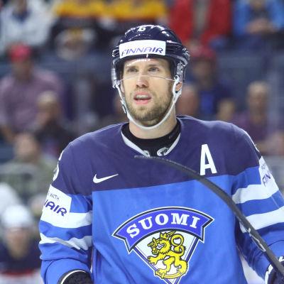 Topi Jaakola i landslaget.