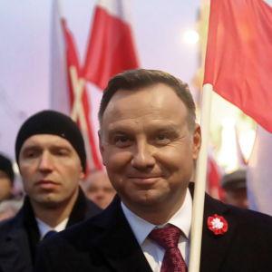 Polens president Andrzej Duda på marsch.