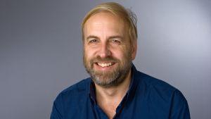 Porträtt på Peter Byass.