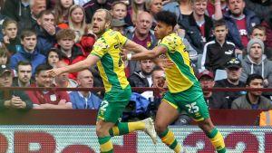 Teemu Pukki och Onel Hernandez jublar efter ett mål