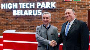 Hi-Tech Park i Minsk grundades 2005 av Lukasjenkos regim som ett sätt att locka IT-bolag till Belarus. I februari 2020 besökte USA:s utrikesminister Mike Pompeo teknologiklustret som kallats östra Europas Silicon Valley.