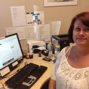 Dataskyddsansvariga hälsovårdaren Annina Oksanen vid Raseborgs hälso- och sjukvårdsmottagning.