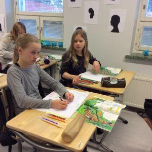 Metsäkylän koulun 5. luokka bigen tunnilla