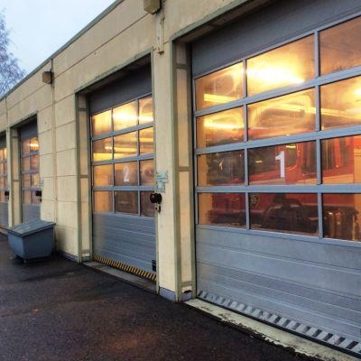 dörrar vid brandstation
