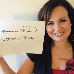 Johanna Mäkelä osallistuu Seinäjoen Tangomarkkinoiden laulukilpailuun.