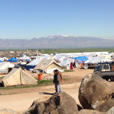 Pohjois-Syyrian kurdialueelle on paennut tuhansia jesidejä Irakista. Lähellä Turkin rajaa perustetussa leirissä asuu noin 5 000 ihmistä.