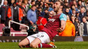 Andy Carroll satte tre mål för West Ham, men det räckte inte till full pott.