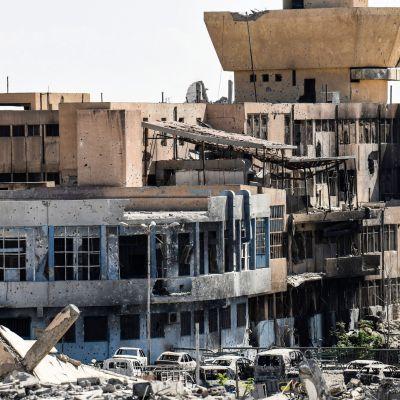 Centralsjukhuset i Raqqa har förstörts.