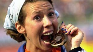 Mikaela Ingberg med EM-bronset 2002.