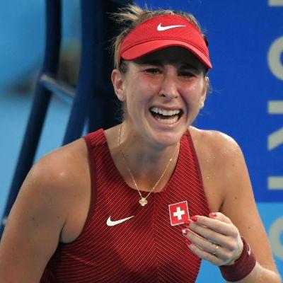 Belinda Bencic jublar i Tokyo-OS.