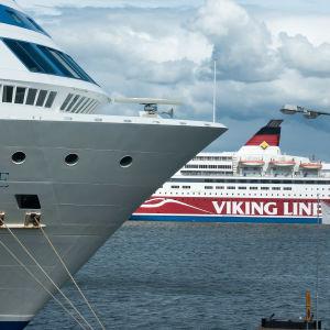 Kryssningsfartyg i Helsingfors.
