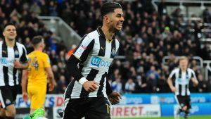 Ayoze Pérez gjorde två mål för Newcastle United.