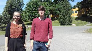 Maija Koivistoinen och Daniel Silén vid civiltjänstcentralen