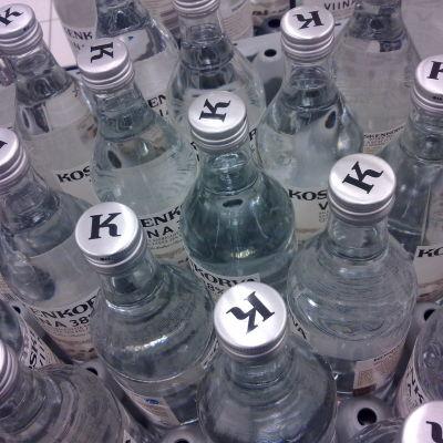 Flaskor med Koskenkorva