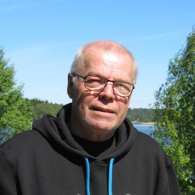 Rolf Mikkola.