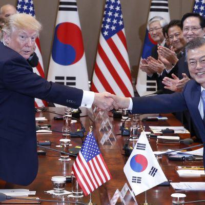 Donald Trump träffade Moon Jae-In senaste under sitt besök Sydkorea i november. Även då var Nordkorea det främsta samtalsämnet