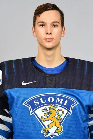 Joel Blomqvist i årets juniorlandslagströja.