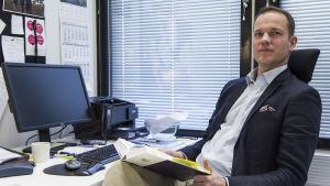 Robin Harms leder diskrimineringsavdelningen på Diskrimineringsombudsmannens byrå.