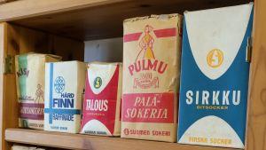 Sockerpaketen har sett väldigt olika ut under årens lopp.