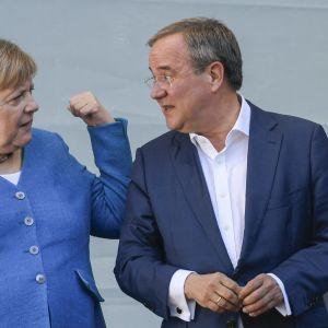 Angela Merkel och Armin Laschet