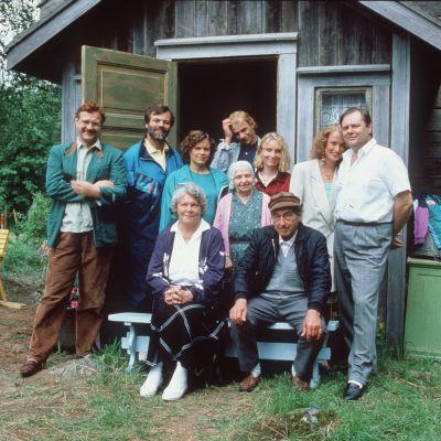 Metsoloiden tv-perhe