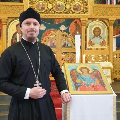 Ortodoksisen seurakunnan pastori Mikko Mentu.