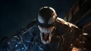 Monstret Venom i närbild.